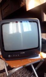 Продам телевизор филлипс 33см